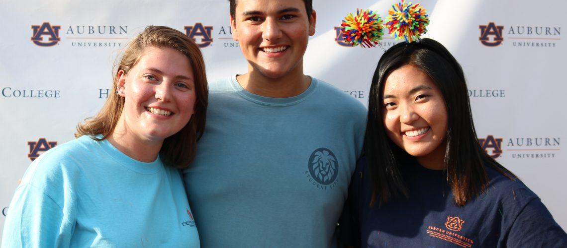 group photo of students at Freshmen Frenzy