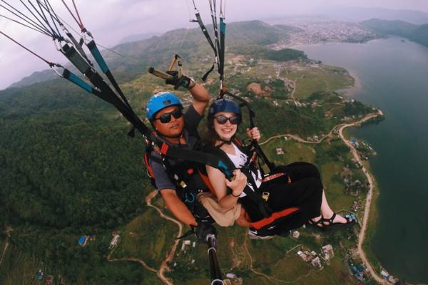 Lindsey parasailing over Nepal